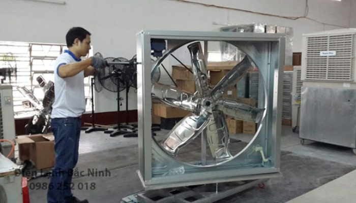 Tại sao cần phải lắp đặt quạt công nghiệp thông gió trong các nhà xưởng?